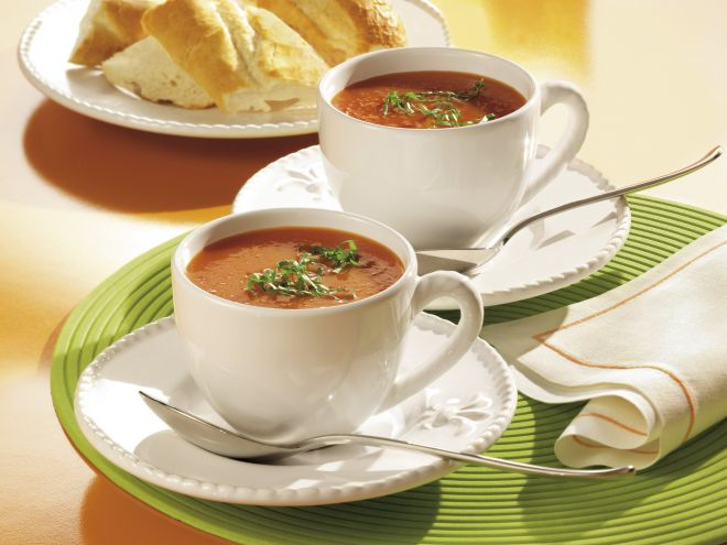 Tomatensuppe mit Selerie
